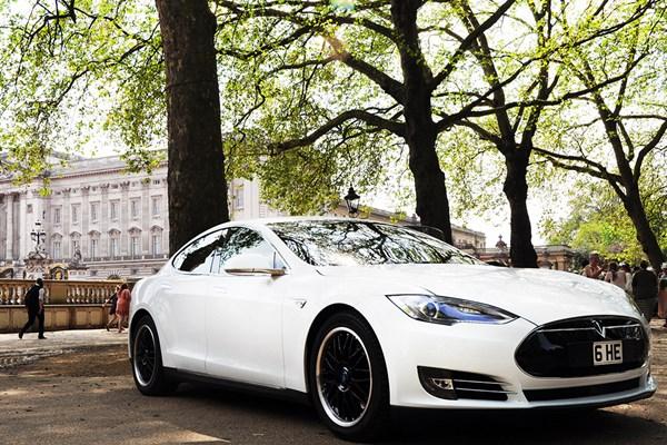 One Hour On Road Tesla Supercar Appetiser