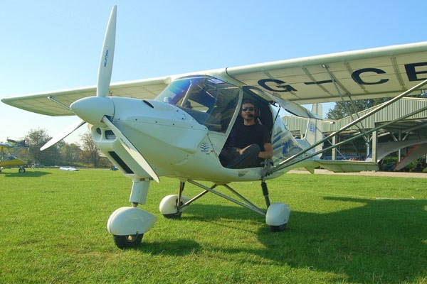 60 Minute Microlight Flight In Derbyshire From Buyagift