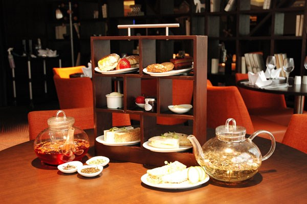 Champagne Afternoon Tea for Two at DoubleTree by Hilton London Ealing