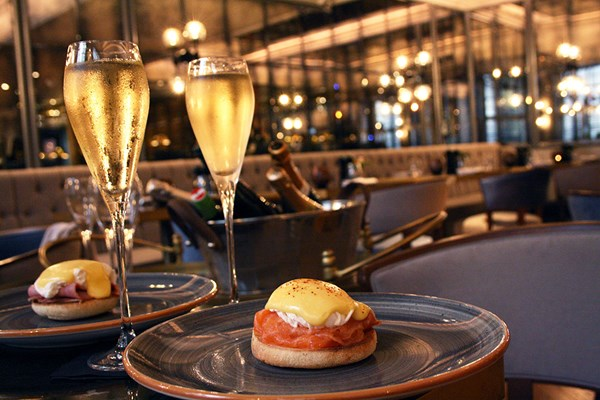 Two Course Brunch with Bottomless Prosecco for Two at Dukes Hotel London