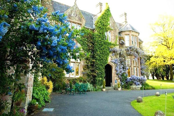 Overnight Stay with Breakfast at Northcote Manor Country Hotel