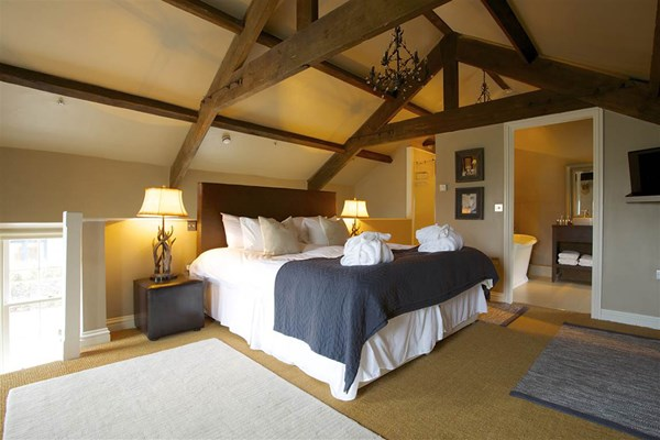 Overnight Luxury Escape with 3 Course Dinner for Two at Yorebridge House