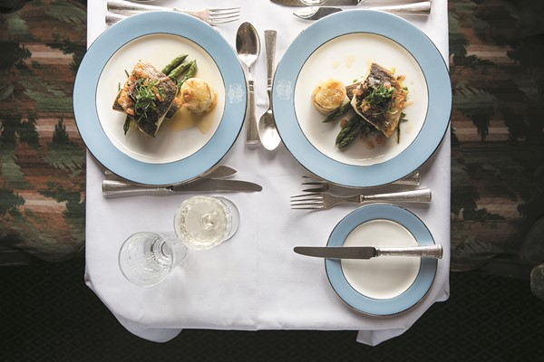 Murder Mystery Lunch with Champagne on Belmond British Pullman for Two