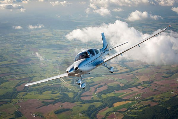 image of 30 Minute Introductory Flying Lesson - UK Wide Selection