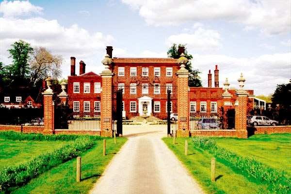 Champneys Spa Day For Two With Lunch At Henlow From Buyagift