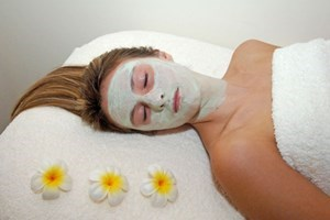 Click to view details and reviews for Superior Pamper Day With Cream Tea For Two At The Retreat Beaconsfield.