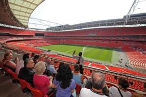 Child Tour Of Wembley Stadium