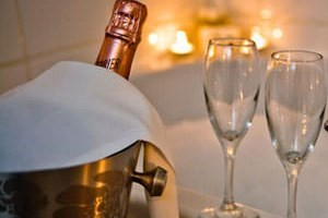 Click to view details and reviews for One Night Romantic Break At Langrish House.