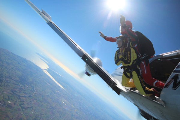 Beginner's Tandem Skydive for One in Devon