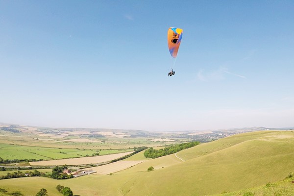 15 Minute Paragliding Flight Experience for One
