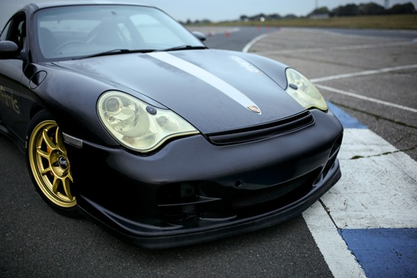 14 Lap Porsche GT2 Driving Experience for One in Hertfordshire