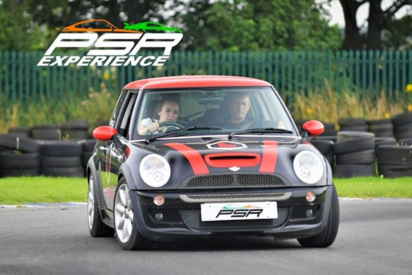 30 Minute Junior Driving Lesson in a Mini Cooper for One