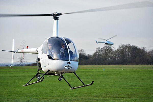 30 Minute Helicopter Flying Lesson for One