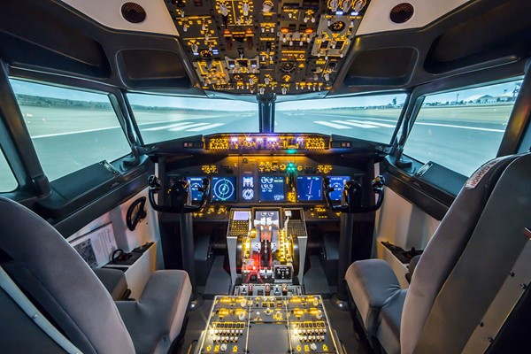 30 Minute Boeing 737-800 Flight Simulator Experience