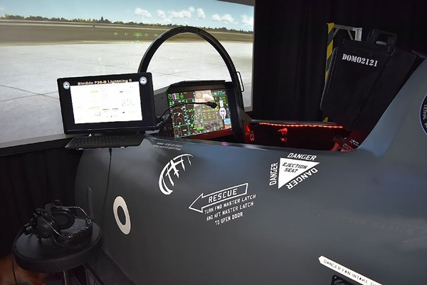 F-35B Lightning Jet Flight Simulator Experience for One