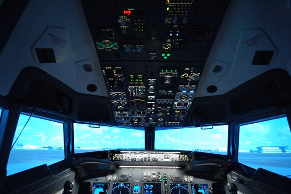 30 Minute Flight Simulator for One at Jet Sim School