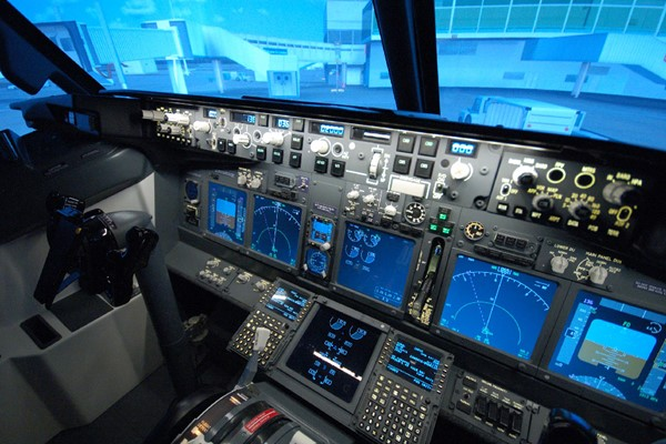 60 Minute Boeing 737 Flight Simulator for One at Jet Sim School