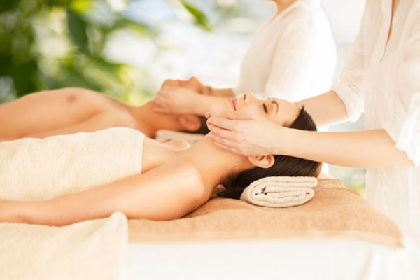 Deluxe Spa Day for Two with Treatment and Lunch at Hellidon Lakes Hotel and Spa