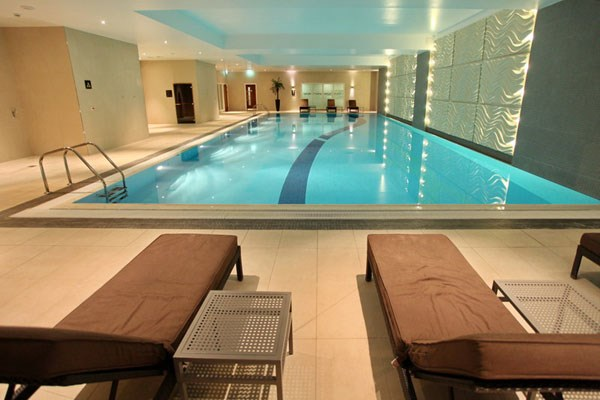 Relaxing Spa Day with Lunch and Wine for Two at Holiday Inn Reading