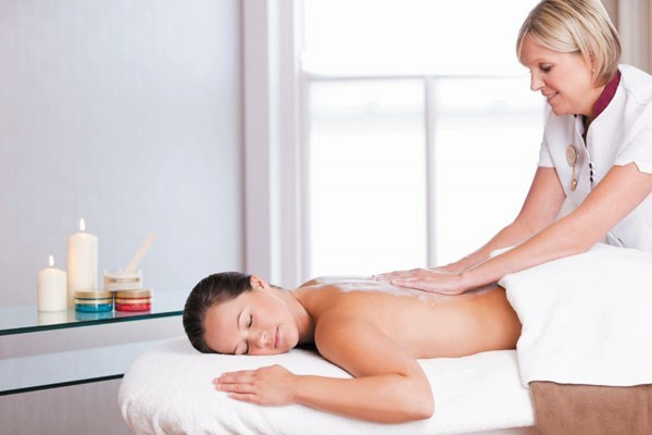 25 Minute Champneys Back Massage at a City Spa