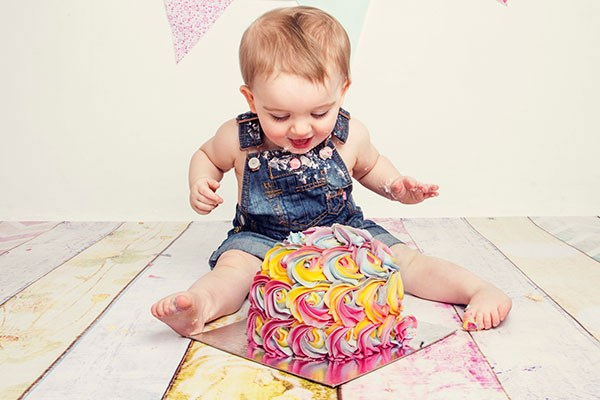 Cake Smash Photoshoot Special Offer From Buyagift
