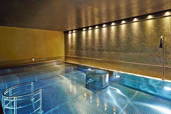 Spa Day with 25 Minute Treatment, Lunch or Afternoon Tea at Crowne Plaza Battersea