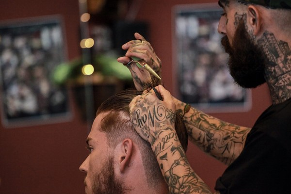 Men's Wash, Haircut and Cut Throat Razor Wet Shave for One at Headcase Barbers