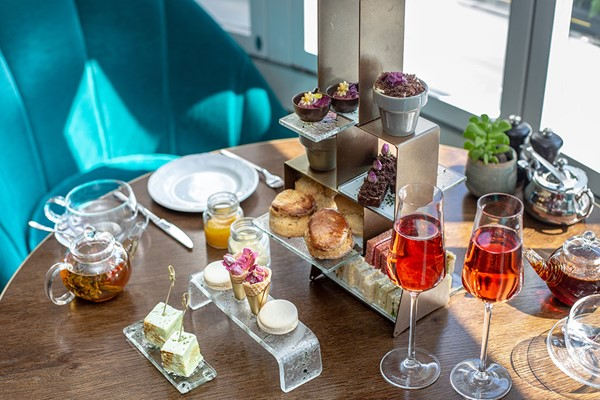 Afternoon Tea with Bottomless Bubbles for Two at 5* London Marriott Park Lane