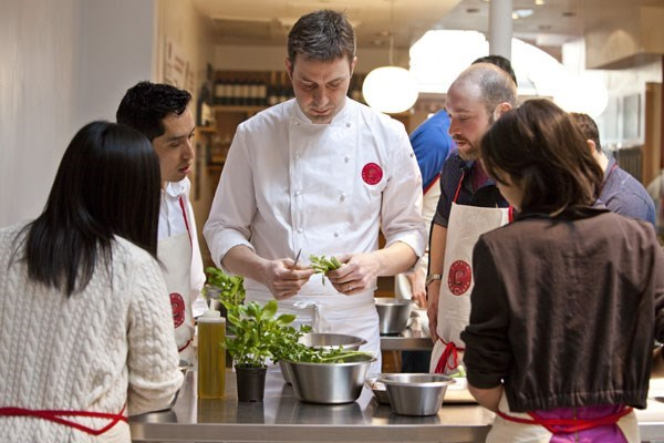 Street Food Experience for Two - 30 minute cookery lesson at L'atelier des Chefs