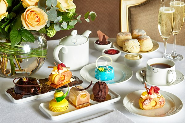 Champagne Chocoholic Afternoon Tea for Two at 5* The London Hilton Park Lane