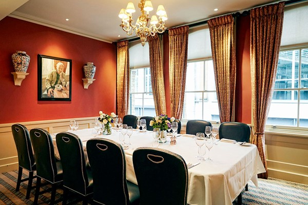 Bentley's Seafood Master Class with a Three Course Lunch and a Glass of Champagne