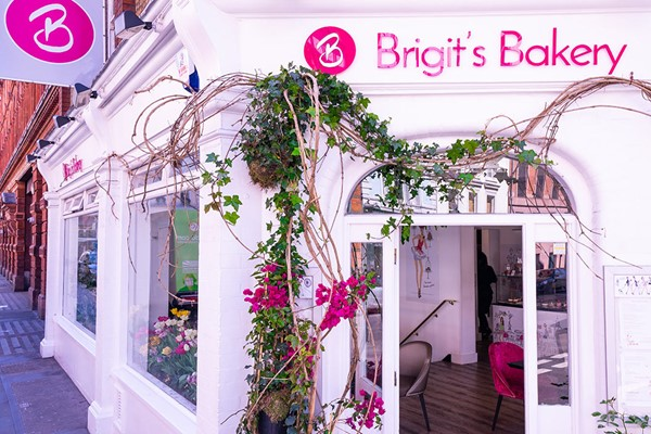 Buy Gin Afternoon Tea for Two at Brigit�s Bakery