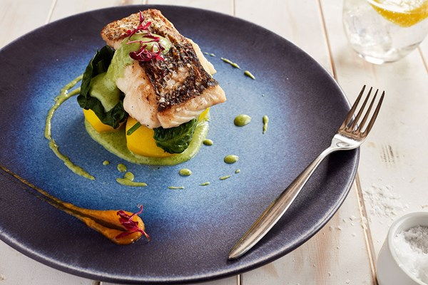 Two Course Lunch with Fizz at The Yacht London for Two