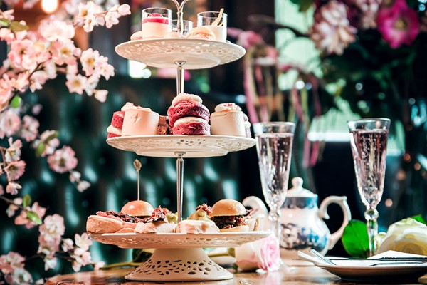 Buy Bottomless Gin Afternoon Tea for Two at MAP Maison
