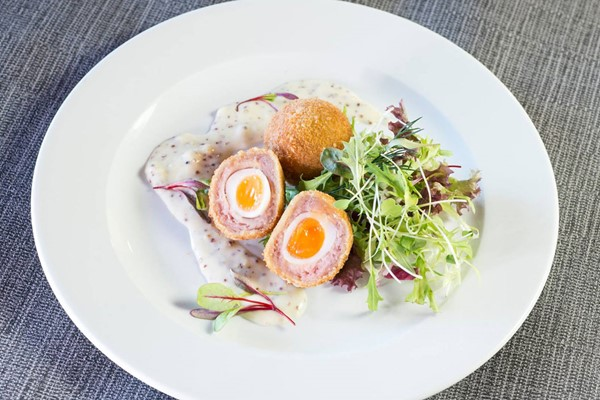 Two Course Brunch With Drinks for Two at The Lindum Hotel