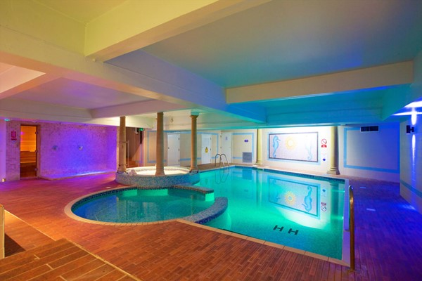 Relaxing Spa Day For Two At Bournemouth West Cliff