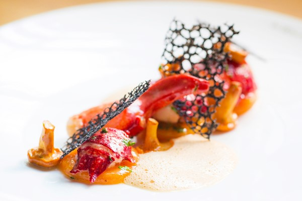 Six Course Tasting Menu with Fizz for Two at Les 110 de Taillevent