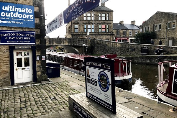 Canal Cruise with Afternoon Tea and Prosecco for Two at Skipton Boat Trips