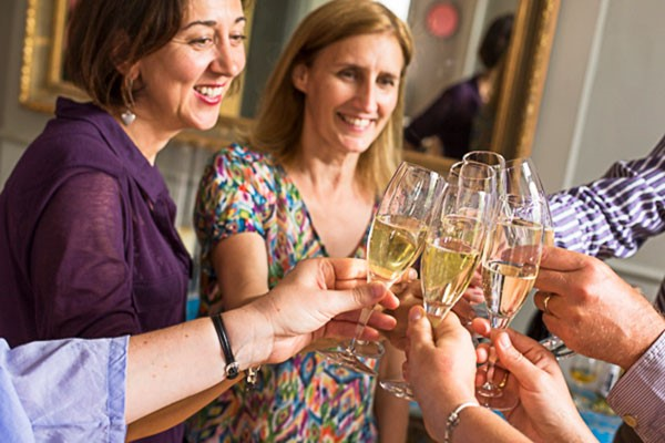 Champagne and Fizz Tasting Lunch for Two, London