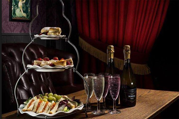 Afternoon Tea with Bottomless Prosecco at Ma Boyle's Alehouse and Eatery