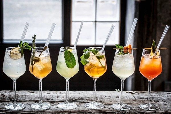 Buy Cocktail Masterclass for Two at Gordon Ramsay's Union Street Cafe