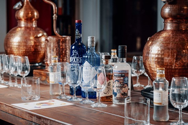 60 Minute Gin and Tonic Tasting for Two at Liquor Studio