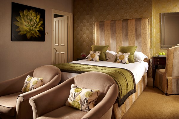 One Night Indulgent Break in a Luxury Room at Alexander House Hotel