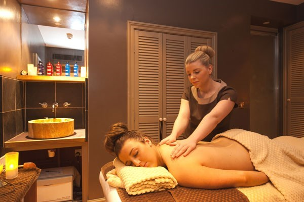 Saturday Spa Break with 25 Minute Treatment and Dinner at Bannatyne Hastings
