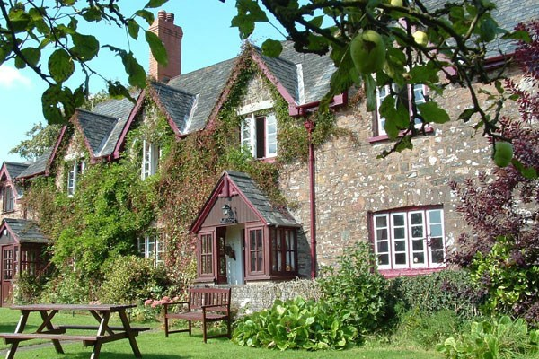 One Night Break with Dinner for Two at Quoit-At-Cross