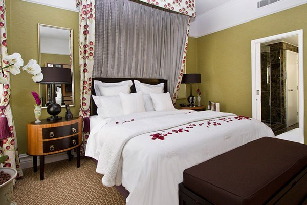 Luxury Overnight Stay for Two at St Ermin's Hotel