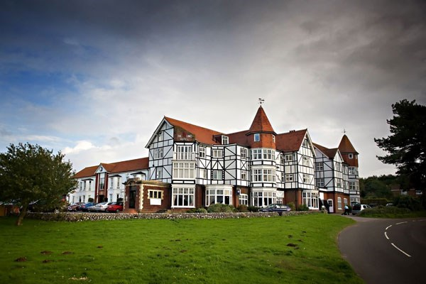 One Night Break at The Links Country Park Hotel