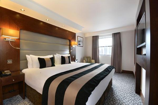 Luxury Overnight Stay with Breakfast at The Park Grand Kensington for Two