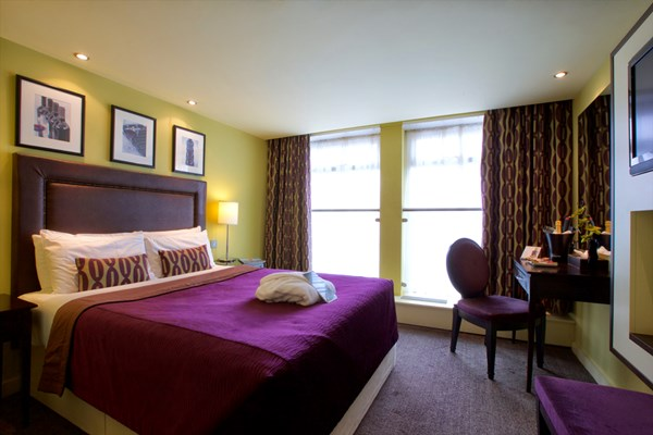 Two Night Hotel Break with Dinner at Hallmark Hotel Manchester Airport