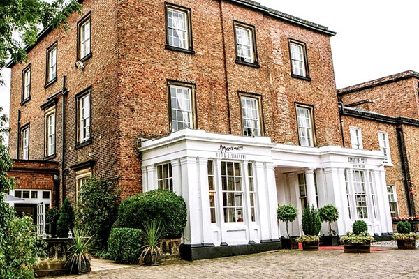Overnight Spa Break with 40 Minute Treatment and Dinner at Bannatyne Darlington